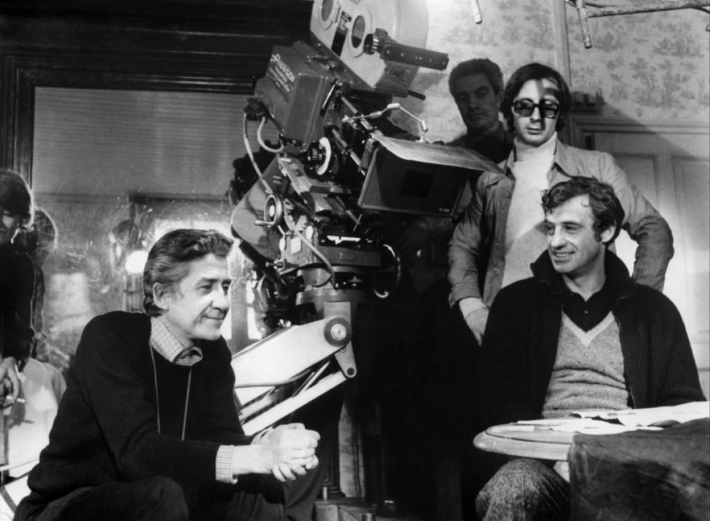 Alain Resnais et Jean-Paul Belmondo sur le tournage de Stavisky (1973)